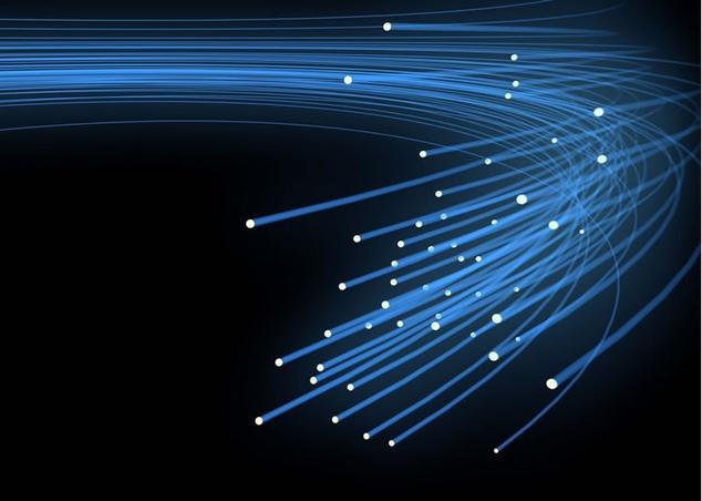 Ver noticia 'Orange y Vodafone piden medidas urgentes para compartir la fibra en los edificios'