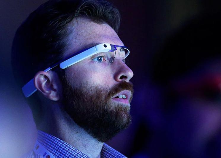 """El cine se pone serio, """"tolerancia cero"""" con nuevas tecnologías como Google Glass"""