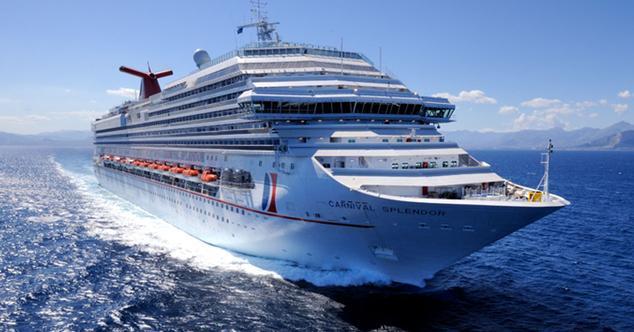 Ver noticia 'Así quiere la CNMC facilitar que se pueda llamar y navegar a través del móvil en avión y barco'
