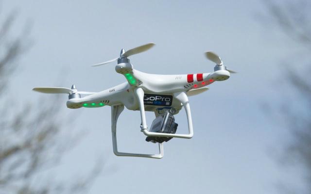 drones de entre 500 y 1000 euros lo nuevo de gopro en 2015. Black Bedroom Furniture Sets. Home Design Ideas