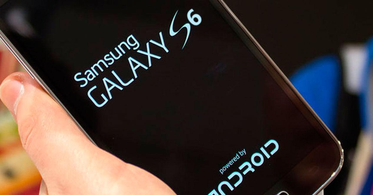El Samsung Galaxy S6 llegar en dos versiones una con pantalla curva