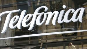 Los clientes de Telefónica podrán impedir a WhatsApp, Facebook o Google la venta de sus datos