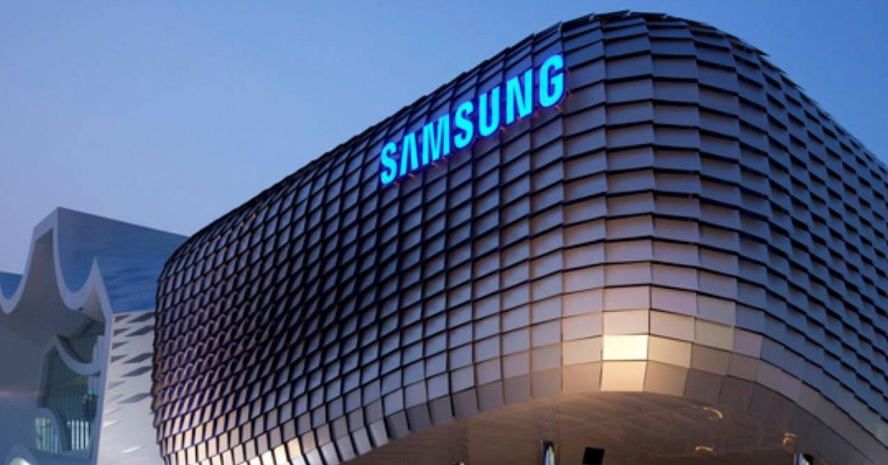 Ver noticia 'Noticia 'La venta de móviles Samsung se reduce afectando a los resultados trimestrales''