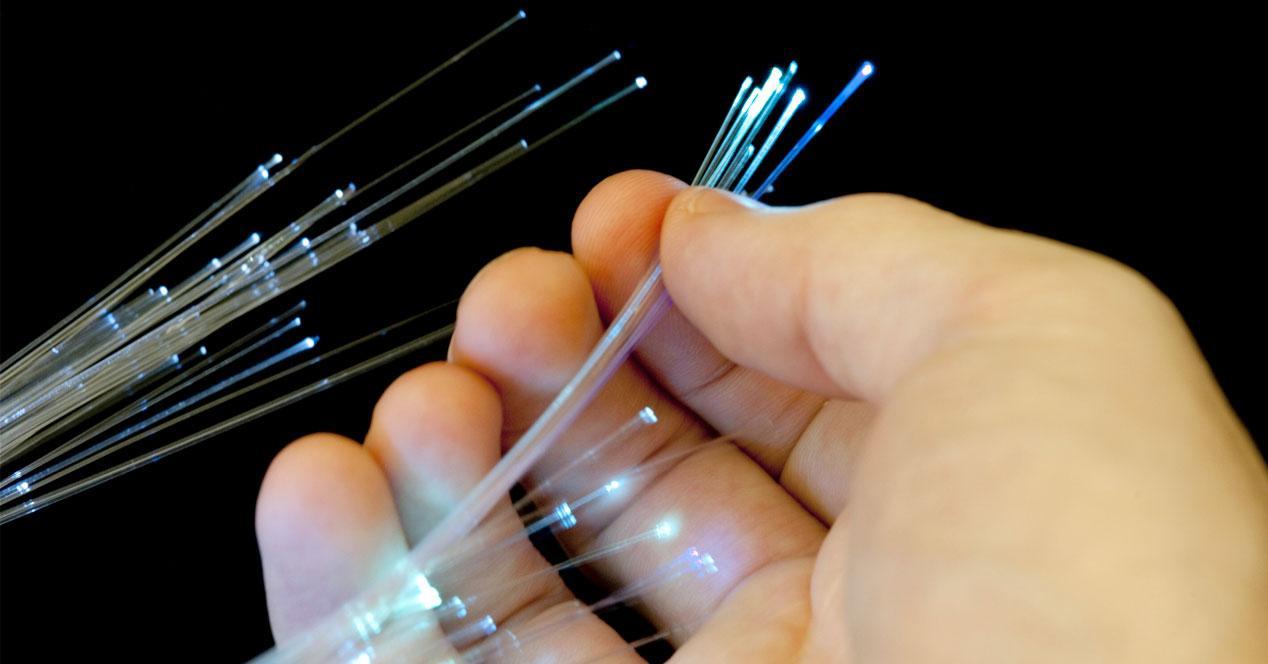 fibra a 1 tbps capacidad de la fibra óptica