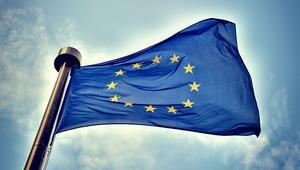 Europa pedirá a Facebook, Google o Twitter que modifiquen sus términos de servicio