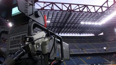 Mediaset y Atresmedia quieren el Mundial y la Eurocopa, Movistar renuncia