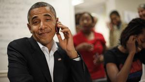 """Obama cambió la Blackberry por un Galaxy S4 """"capado"""" y más seguro"""