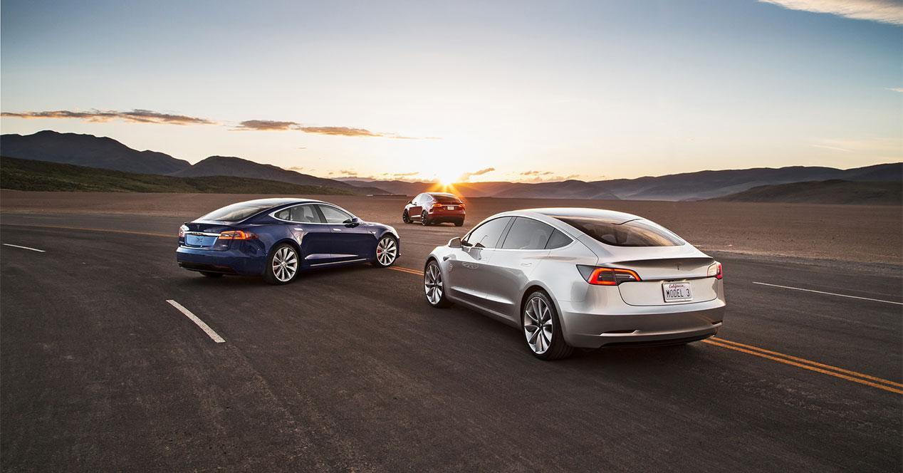 2017-Tesla-Model 3