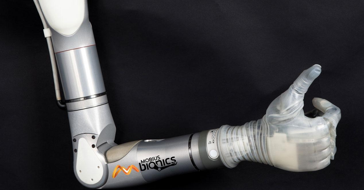 Mobius_Bionics_LUKE_Arm_Large