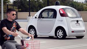 El coche autónomo de Google reconoce las señales de los ciclistas para evitar accidentes