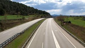 Así serán las autopistas del futuro adaptadas a vehículos eléctricos y autónomos