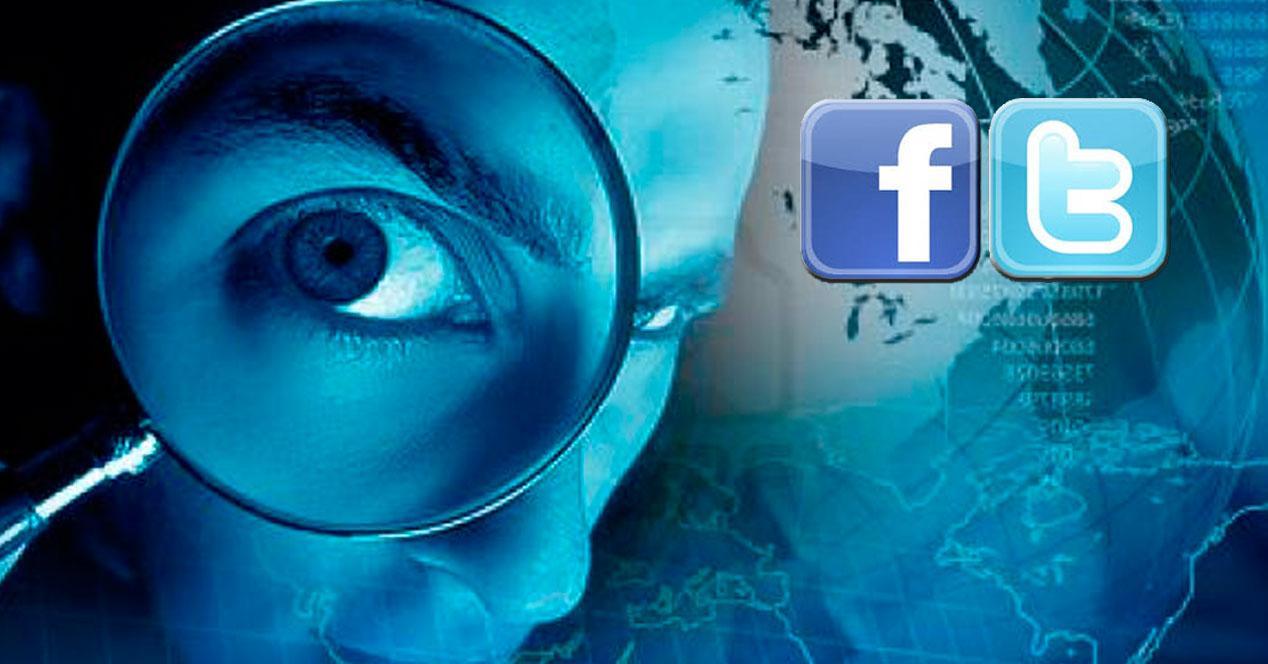 Espiar cuentas Facebook y Twitter
