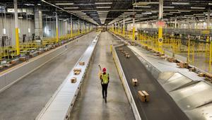 Así de rápido prepara Amazon los envíos gracias a los robots