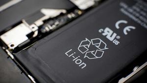 Afirman que es posible recuperar un 95% de capacidad de las viejas baterías de ion-litio