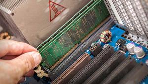 De 411 millones el mega a 0,3 céntimos: así ha evolucionado el precio de la memoria