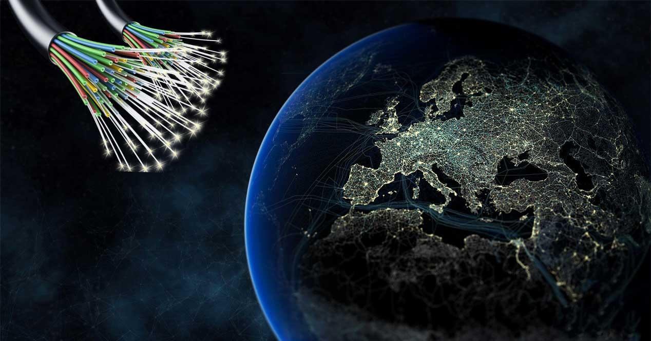 Por qué Reino Unido destina 450 millones a mejorar la fibra óptica y ...