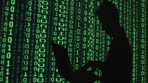 Hackers atacan a hackers vendiendo kits de phishing con puerta trasera en YouTube