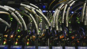 Menos del 20% de las conexiones de fibra y cable están en servicio