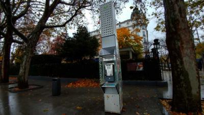 El Gobierno quiere que las cabinas y las guías telefónicas dejen de ser un servicio universal