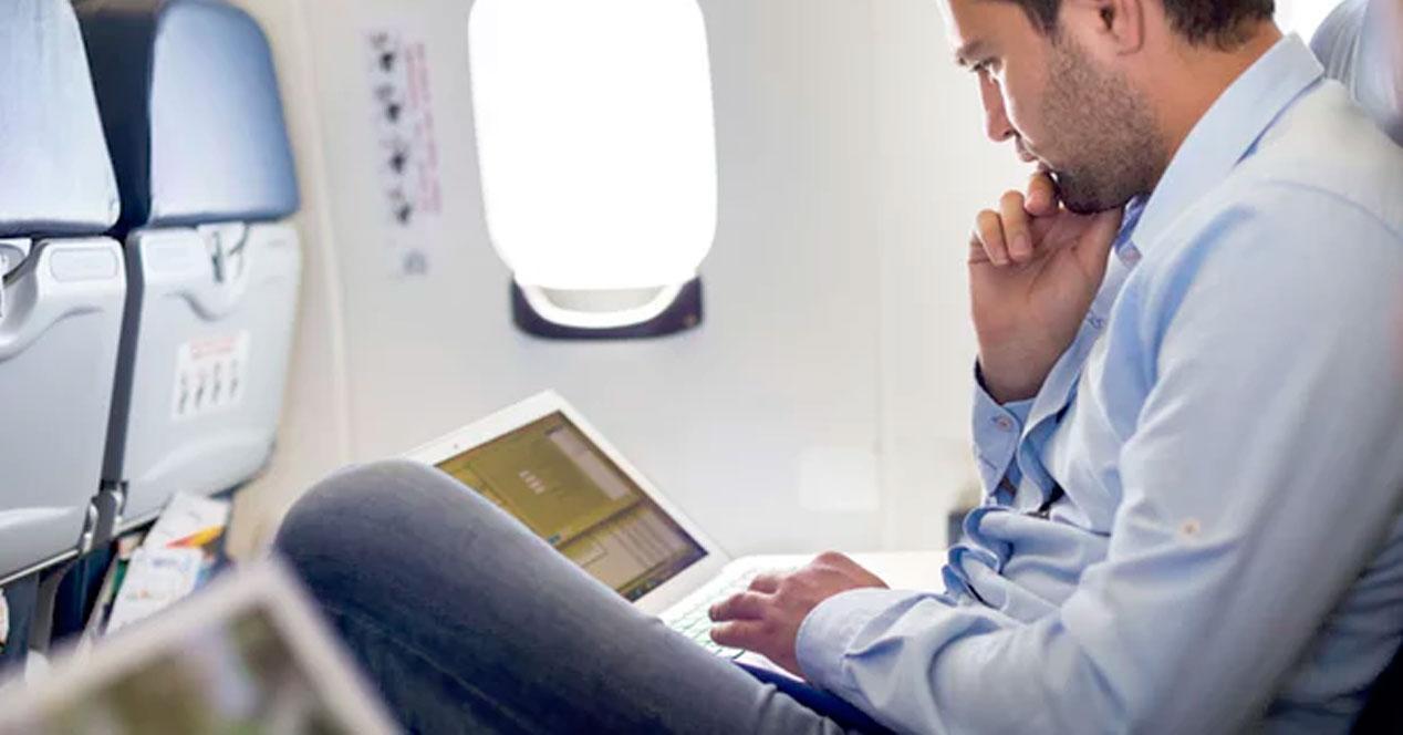 navegar rápido wifi avión
