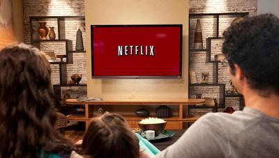 Ahorra espacio en disco descargando las películas y series de Netflix en otra unidad en Windows 10