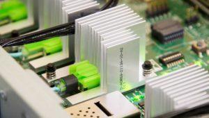 Este ordenador de 160 TB de RAM busca reventar la Ley de Moore