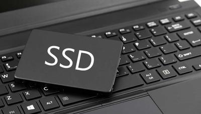 Windows 10 identificará si tienes un disco duro o SSD en el Administrador de tareas