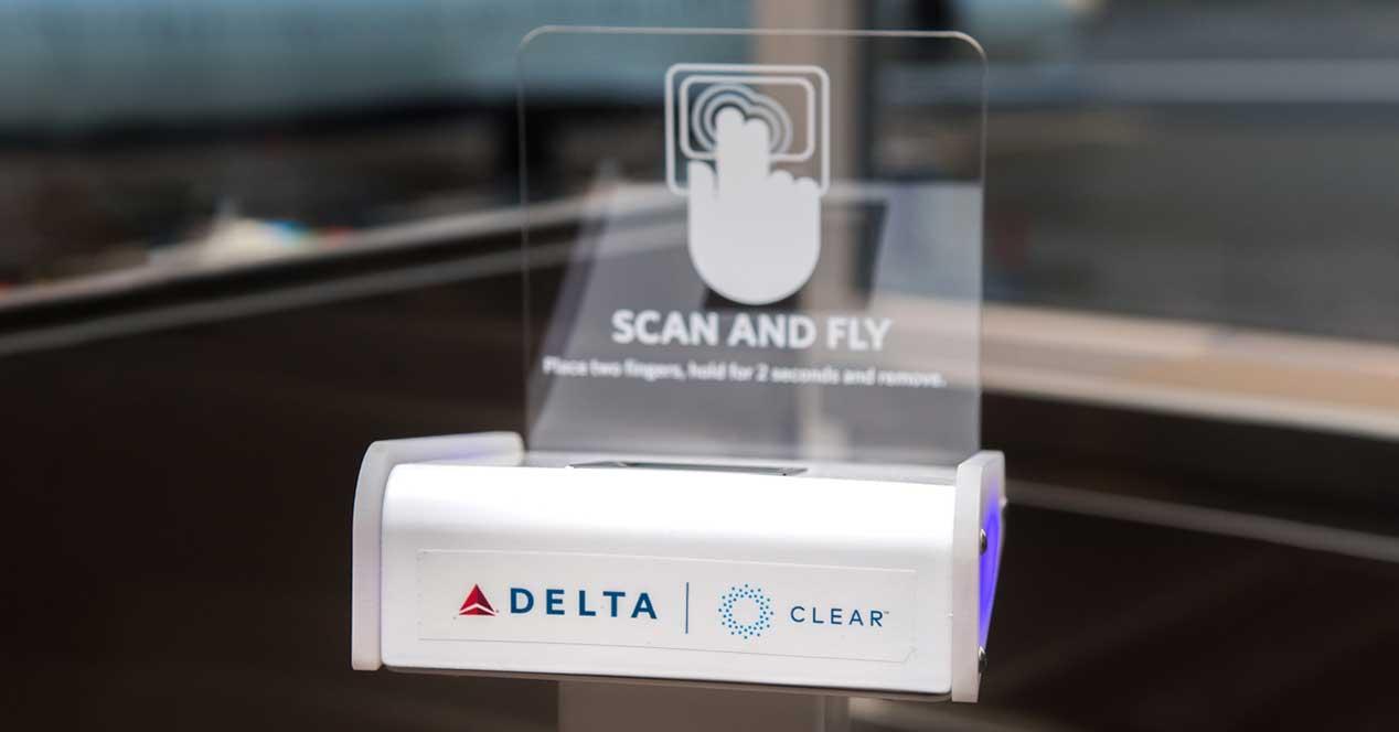 delta airlines escaner huella billete
