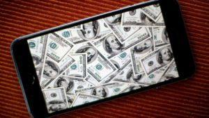 Apple cierra el trimestre con buenas ventas del iPhone y más ingresos que el año anterior