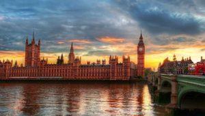 Reino Unido estudia penas de cárcel si ves contenido terrorista online