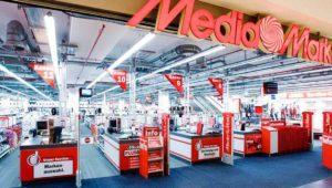 OCU: 'Tiendas como MediaMarkt inflan precios en Black Friday'
