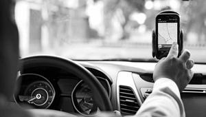 Hoy se aprueba un decreto para regular a Uber y Cabify
