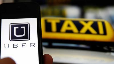 Uber vs Taxi: el Gobierno sale al rescate de los taxistas con un decretazo