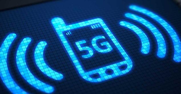 Ver noticia 'Varias marcas anuncian sus primeros móviles 5G para 2019'