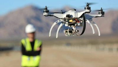 El Gobierno quiere drones en España para envío de paquetes, taxis y control de fronteras
