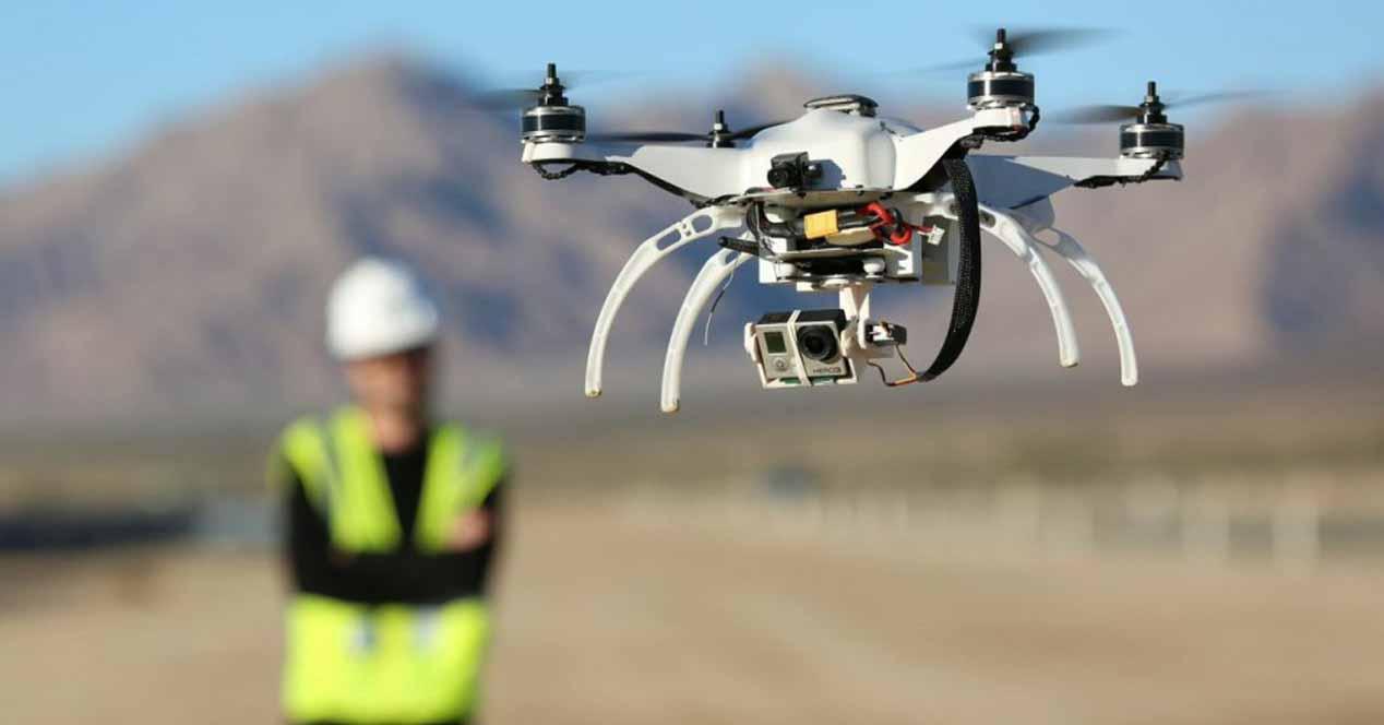 Ver noticia 'Noticia 'El Gobierno quiere drones en España para envío de paquetes, taxis y control de fronteras''