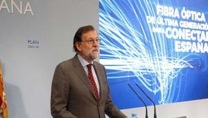 Plan 300×100: fibra para el 100% de los pueblos en 2021