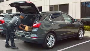 Amazon ya puede repartir paquetes directamente en el maletero de tu coche