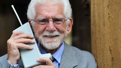 45 años de la primera llamada móvil