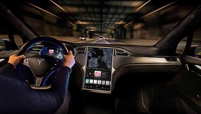 Tesla publica el código fuente de Autopilot para cumplir con la GPL