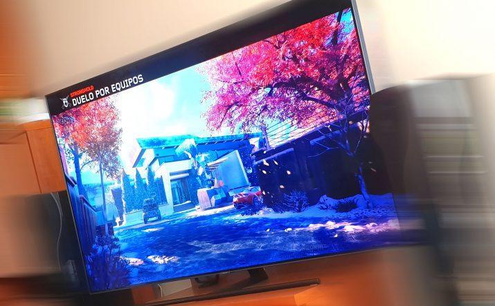 Samsung QLED panel de juegos