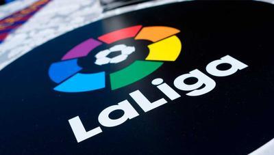 Jazztel anuncia los precios para el fútbol: esto cuesta LaLiga, la Copa del Rey y la Champions