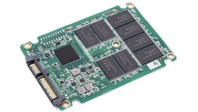 La industria vende menos SSD, y su exceso de stock está tirando los precios