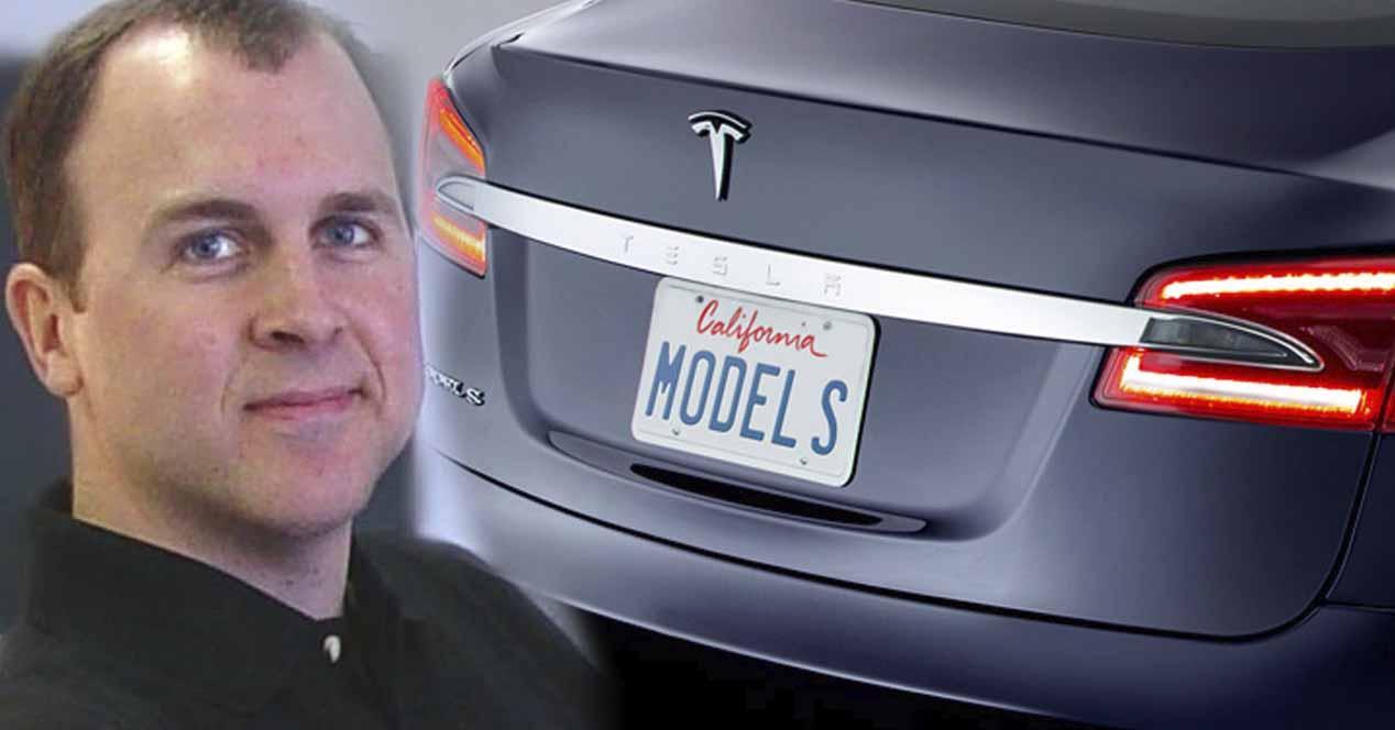 Ver noticia 'Noticia 'Apple vuelve a contratar al ex jefe de ingeniería de Tesla ¿vuelve el 'Apple Car'?''