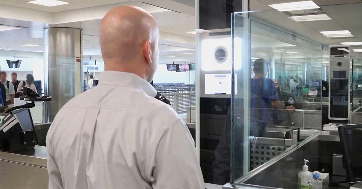 escaner facial aeropuerto