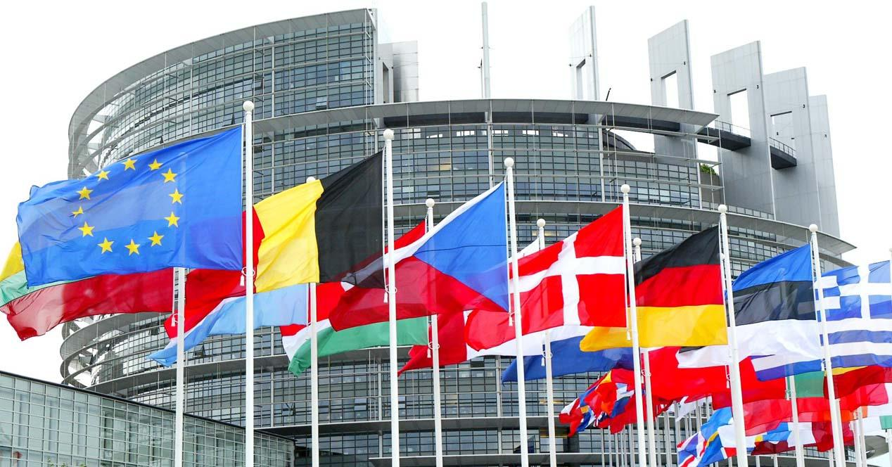 Parlamento Europeo aprueba reforma de derechos de autor en internet