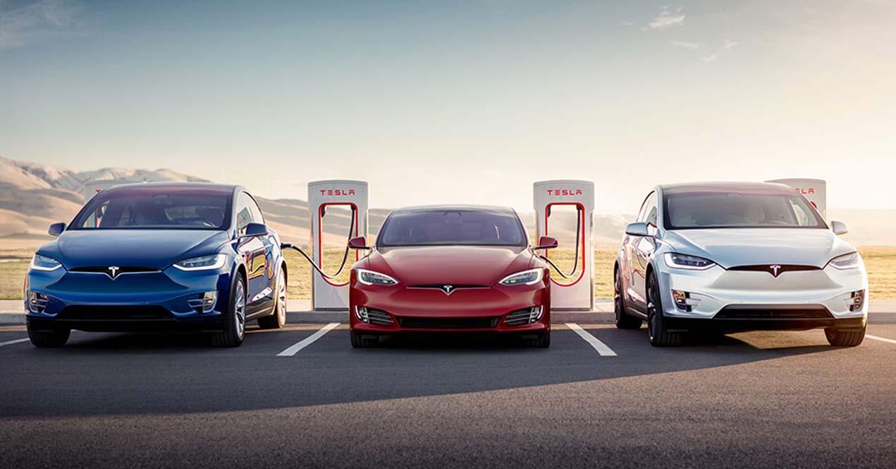 Ver noticia 'Noticia 'Se acabó: Tesla deja de ofrecer carga gratis en sus 'supercargadores'''