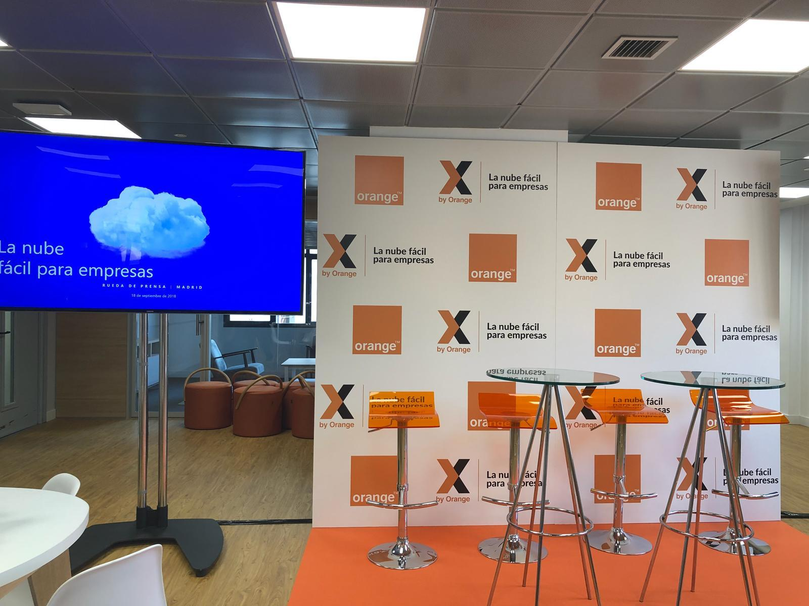 x by Orange