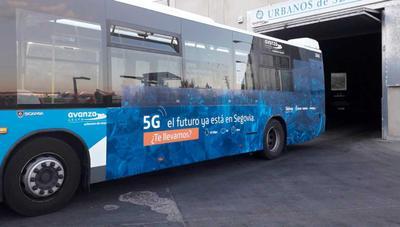 Movistar instala televisión 4K en un autobús gracias al 5G