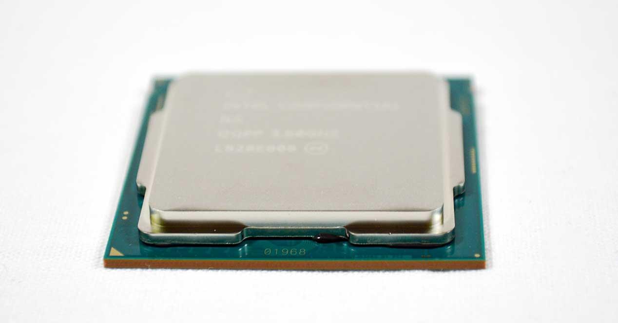 Ver noticia 'Noticia 'Análisis: el Intel Core i9-9900K apenas supera al AMD Ryzen 7 2700X en rendimiento''